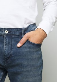 CELIO - ROSLONE - Jeans a sigaretta - blue - 4