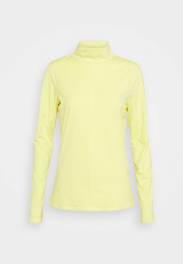 Langærmede T-shirts - lime yello
