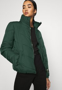 JDY - JDYFINNO PADDED JACKET - Winter jacket - ponderosa pine - 3