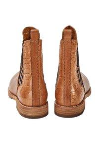 Crickit - Classic ankle boots - cognac - 3