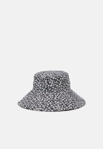VMBELLA BUCKET HAT