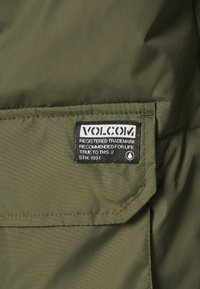 Volcom - HOBRO JACKET - Winter jacket - military - 9