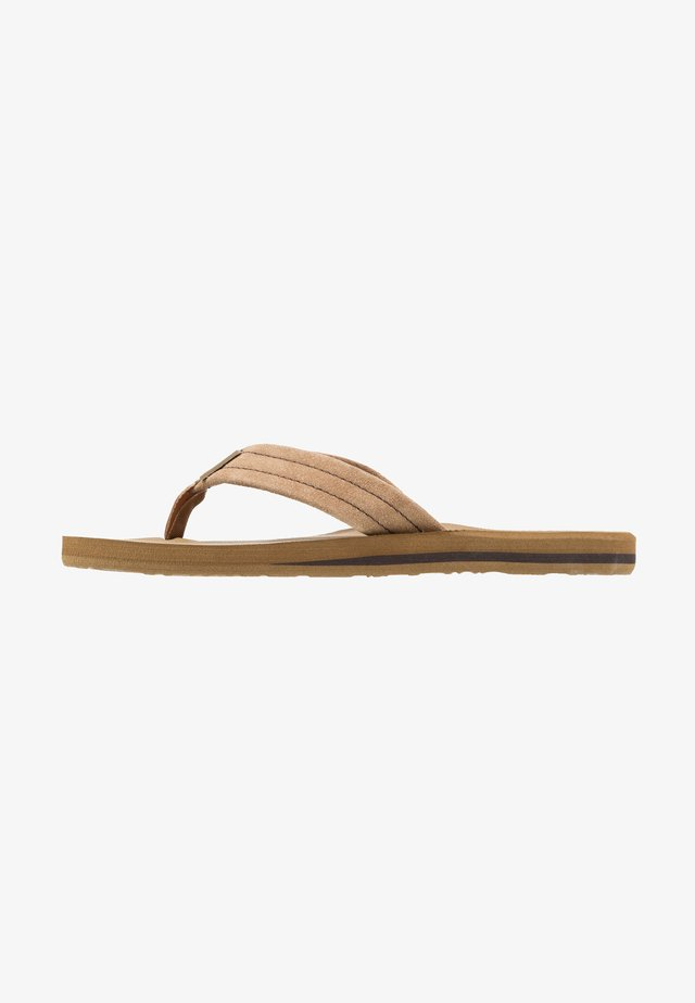 CARVER - T-bar sandals - brown