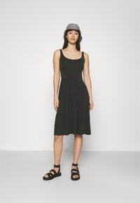 Ragwear - TRISHA - Jersey dress - black - 1