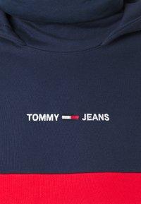 Tommy Jeans - LINEAR BLOCK HOODIE UNISEX - Hoodie - twilight navy - 7