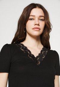 Vila - VIATHALINA V NECK  - T-shirts med print - black - 3