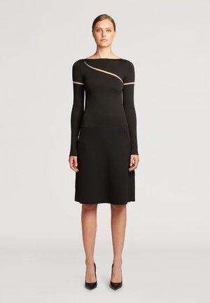 Shift dress - fairly light/black