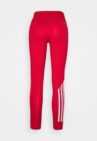 adidas Performance - RUN IT 3-STRIPES 7/8 LEGGINGS - Medias - scarlett