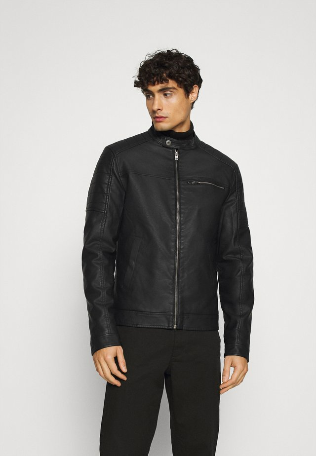 EAGLE - Giacca in similpelle - black