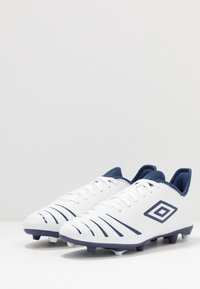 Umbro - UX ACCURO III CLUB FG - Moulded stud football boots - white/medieval blue/blue radiance - 2