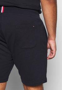 Tommy Hilfiger - INTARSIA  - Shorts - blue - 3