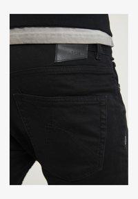 CHASIN' - NISON - Slim fit jeans - black - 3