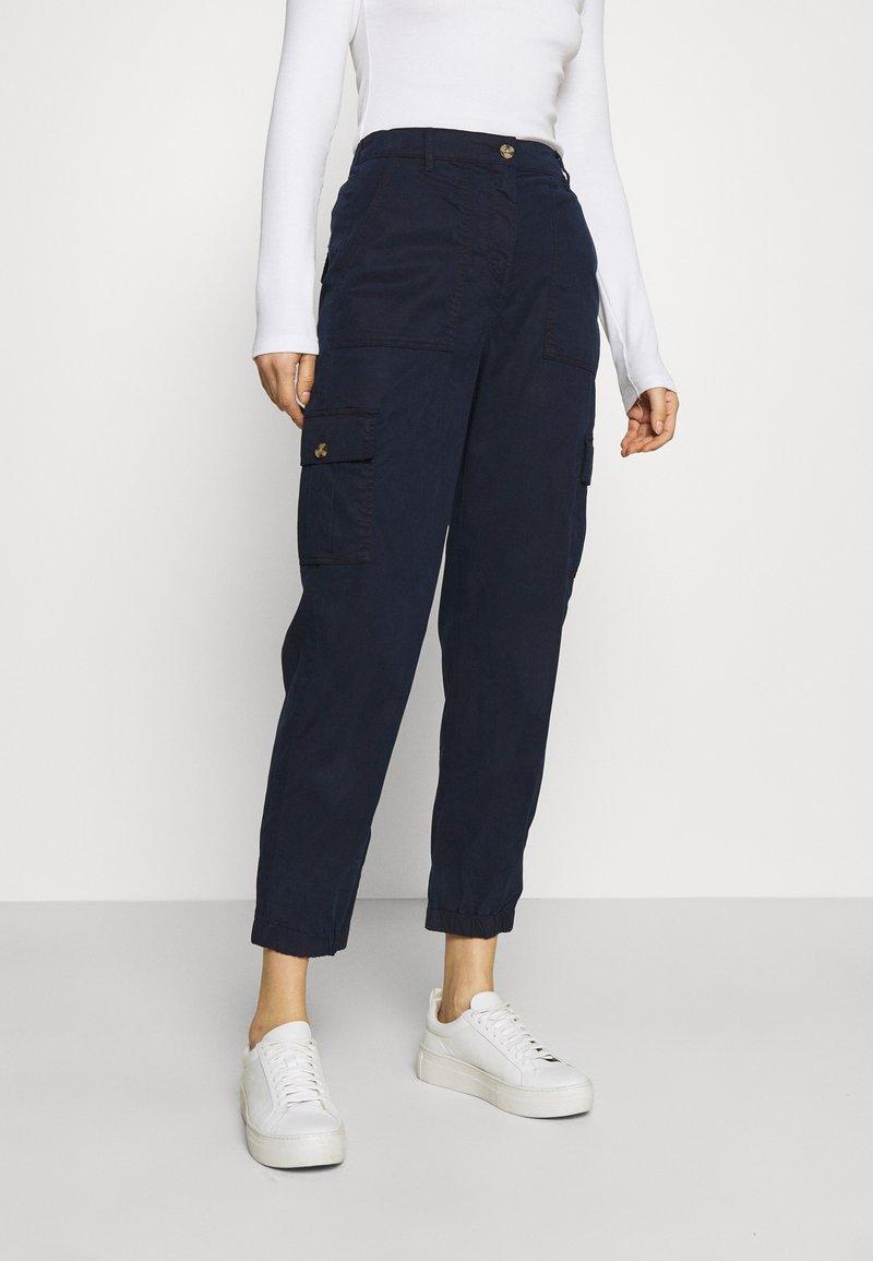 Marks & Spencer London - ULTIMATE - Cargo trousers - dark blue