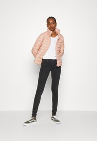Vila - VISIBIRIA SHORT JACKET - Light jacket - misty rose - 1