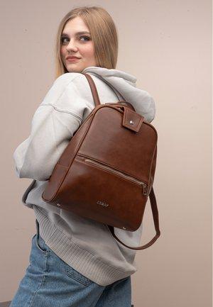 ESMAY MOON - Andre accessories - Brown