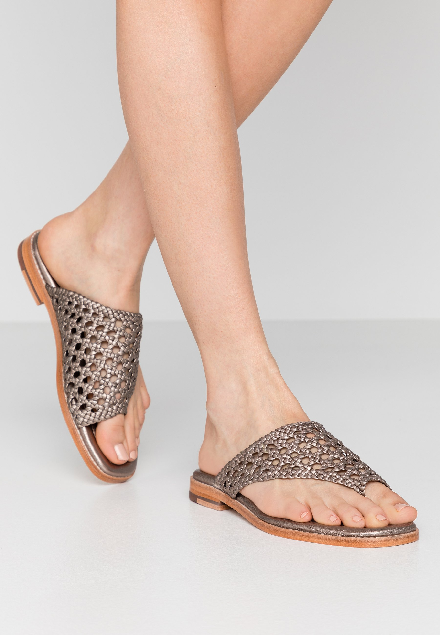 Melvin & Hamilton ELODIE - Pantolette flach - pewter   Damen Schuhe 2020