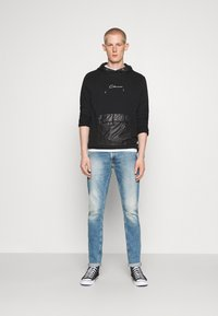CLOSURE London - CONTRAST UTILITY HOODY - Sweat à capuche - black - 1