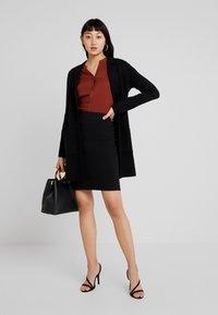 Vero Moda - VMFRESNO PENCIL SKIRT - Pencil skirt - black - 1