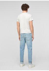 s.Oliver - Jeans Tapered Fit - light blue - 2