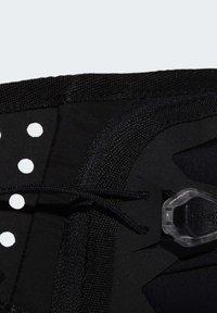 adidas Performance - RUN BOTTOMS BASICS BOTTLE BAG RUNNING - Riñonera - black - 7
