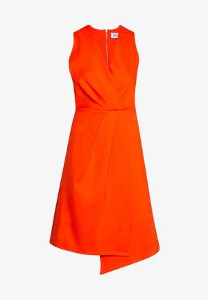 PLEATED WRAP A-LINE DRESS - Vestito di maglina - orange
