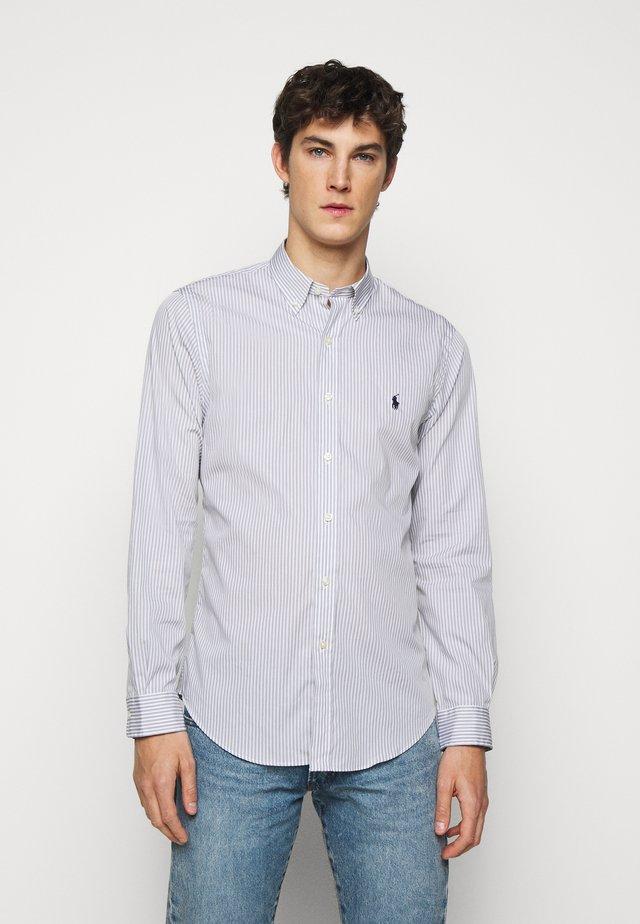 NATURAL - Skjorter - grey/white