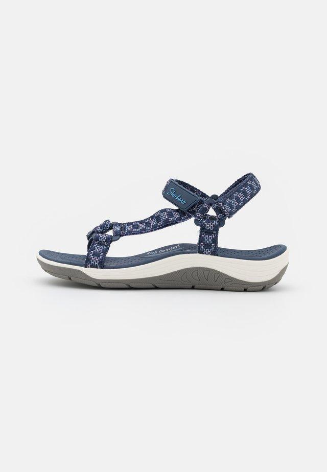 REGGAE CUP - Sandals - navy