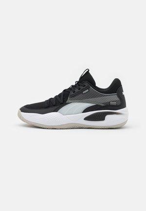 COURT RIDER - Basketball shoes - white/black