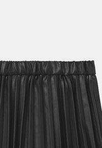 J.CREW - PLEATED - Áčková sukně - black - 2