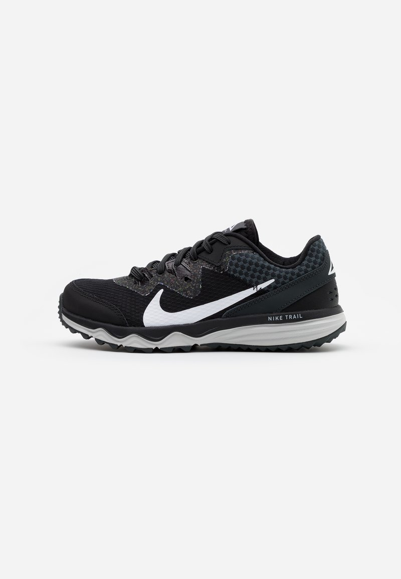 Nike Performance - JUNIPER TRAIL - Obuwie do biegania Szlak - black/white/dark smoke grey/grey fog