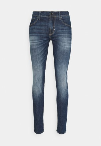 GILMOUR SUPER SKINNY FIT