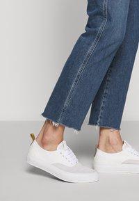 Agolde - PINCH WAIST - Jeansy Straight Leg - subdued cut off hem - 4