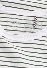 Vans - OFF THE WALL - Print T-shirt - white-pine needle - 3