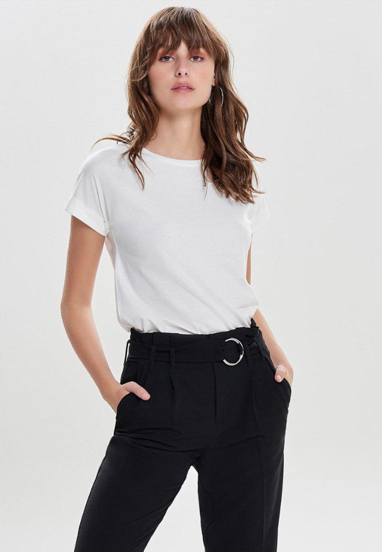 JDY - JDYLOUISA LIFEFOLD UP TOP - T-shirts - off-white