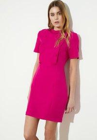 Trendyol - Robe d'été - pink - 0