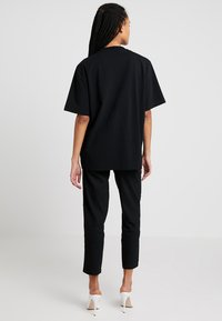 House of Holland - BLACK 'HOH' EMBROIDERED  - Print T-shirt - black - 2