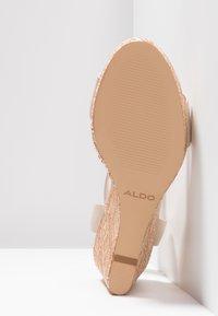 ALDO - UNALIVIEL - Højhælede sandaletter / Højhælede sandaler - bone - 6