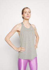 Nike Performance - DRY ELASTIKA TANK - Treningsskjorter - smoke grey - 0