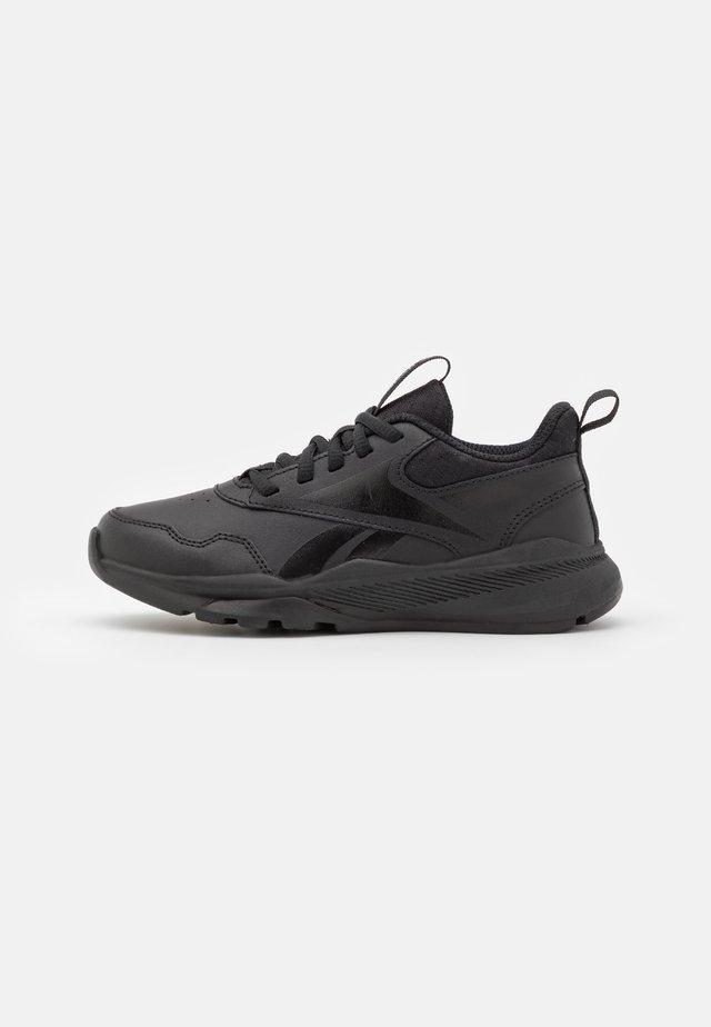 XT SPRINTER 2.0 UNISEX - Neutral running shoes - black