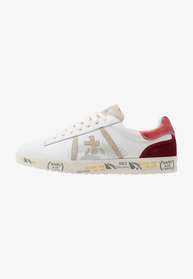 ANDY  - Trainers - white/pink
