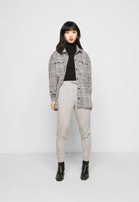ONLY Petite - ONLPOPTRASH EASY COLOUR PANT - Trousers - light grey melange - 1