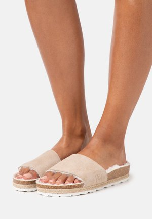 PLAGETTE  - Slippers - beige