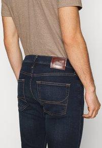 Hollister Co. - Slim fit jeans - dark blue denim - 3