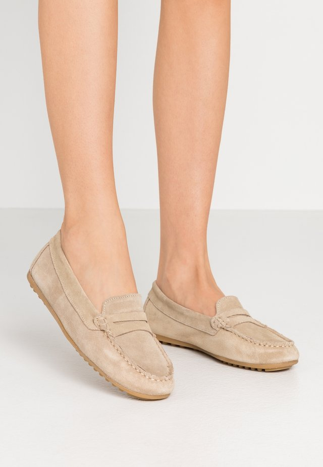 LEATHER MOCCASINS - Mocassins - beige