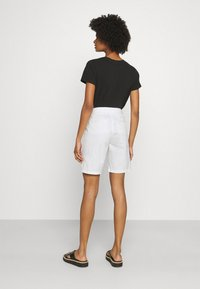 CLOSED - HOLDEN - Shorts - ivory - 2