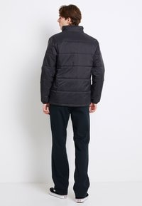 Vans - LAYTON - Light jacket - black - 2