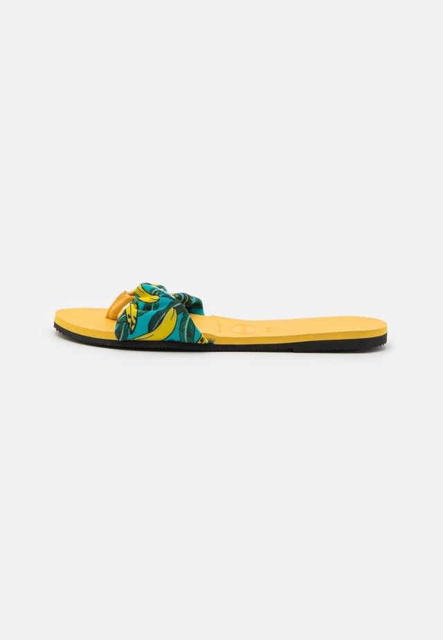 YOU TROPEZ - T-bar sandals - gold yellow