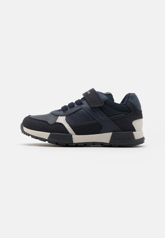 ALFIER BOY - Zapatillas - navy/dark grey