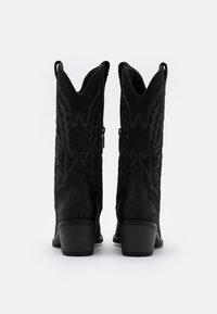 mtng - TANUBIS - Cowboystøvler - black - 3