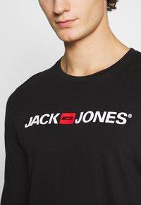 Jack & Jones - JOR30HISTORY CREW NECK - Long sleeved top - black/white - 5